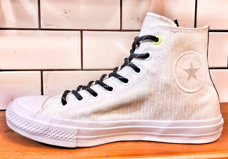 Converse Counter Climate Collection - Fall/Winter 2016   Chuck Taylor All Star II: SHIELD CANVAS White (SRP: Php 4,550)