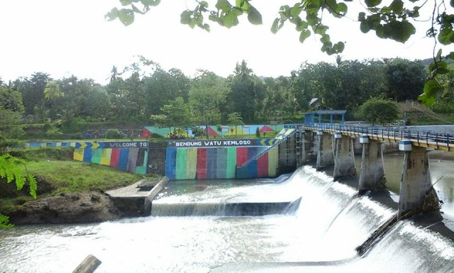 Bendung Watu Kemloso Banyuwangi.
