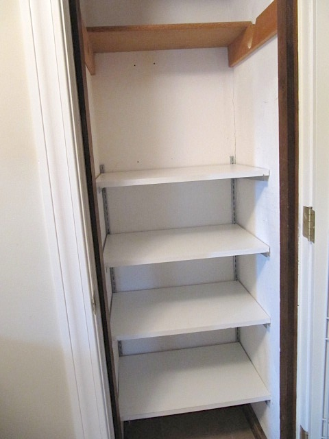 Sew Many Ways Organized Food Pantry From A Coat Closet