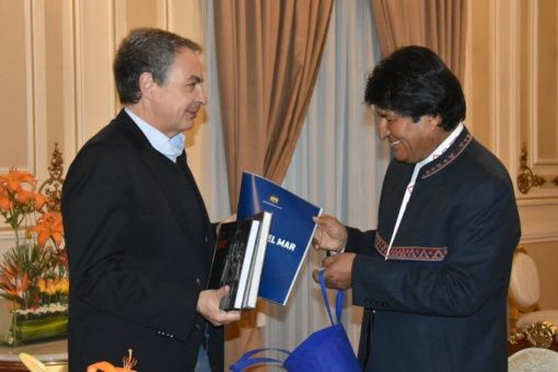 Zapatero pide diálogo entre Chile y Bolivia por causa marítima