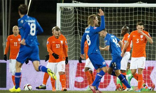 Sigurdsson tỏa sáng, Iceland đè bẹp Hà Lan.