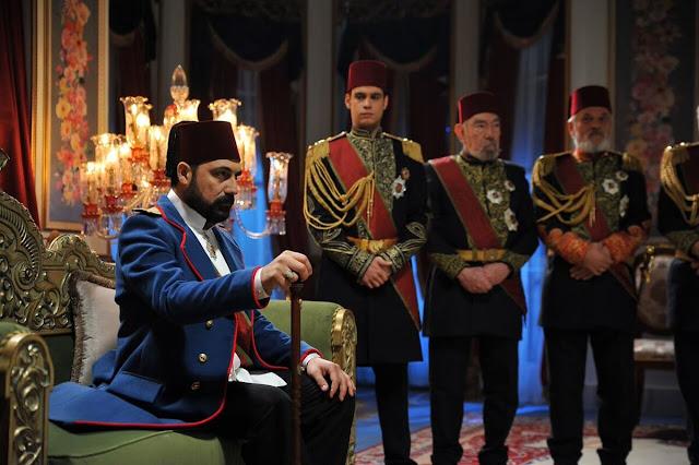 payitaht-abdulhamid-ayrintili-ilk-bolum-elestiri
