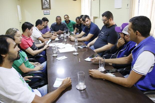 Comissão de Educação, Cultura e Saúde realiza mais uma reunião e atende representantes de Agentes de Saúde