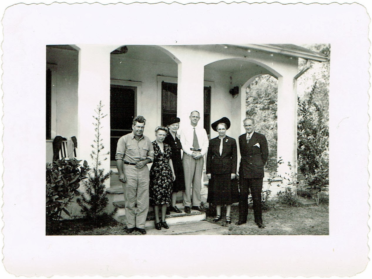 Reuben and Aina Childers of Fort Meade Florida with William Wall Smith and his wife Lula Childers Smith plus an unidentified woman and Jack R Davis of Columbus Ohio