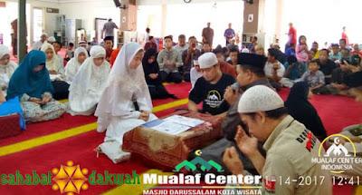 Kisah Lieta Septiarysa Masuk Islam dan Nyatakan Diri Keluar dari Teman Ahok