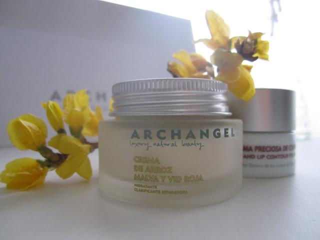 Archangela Luxury Natural Beauty Esencia Trendy Sonia H stylist
