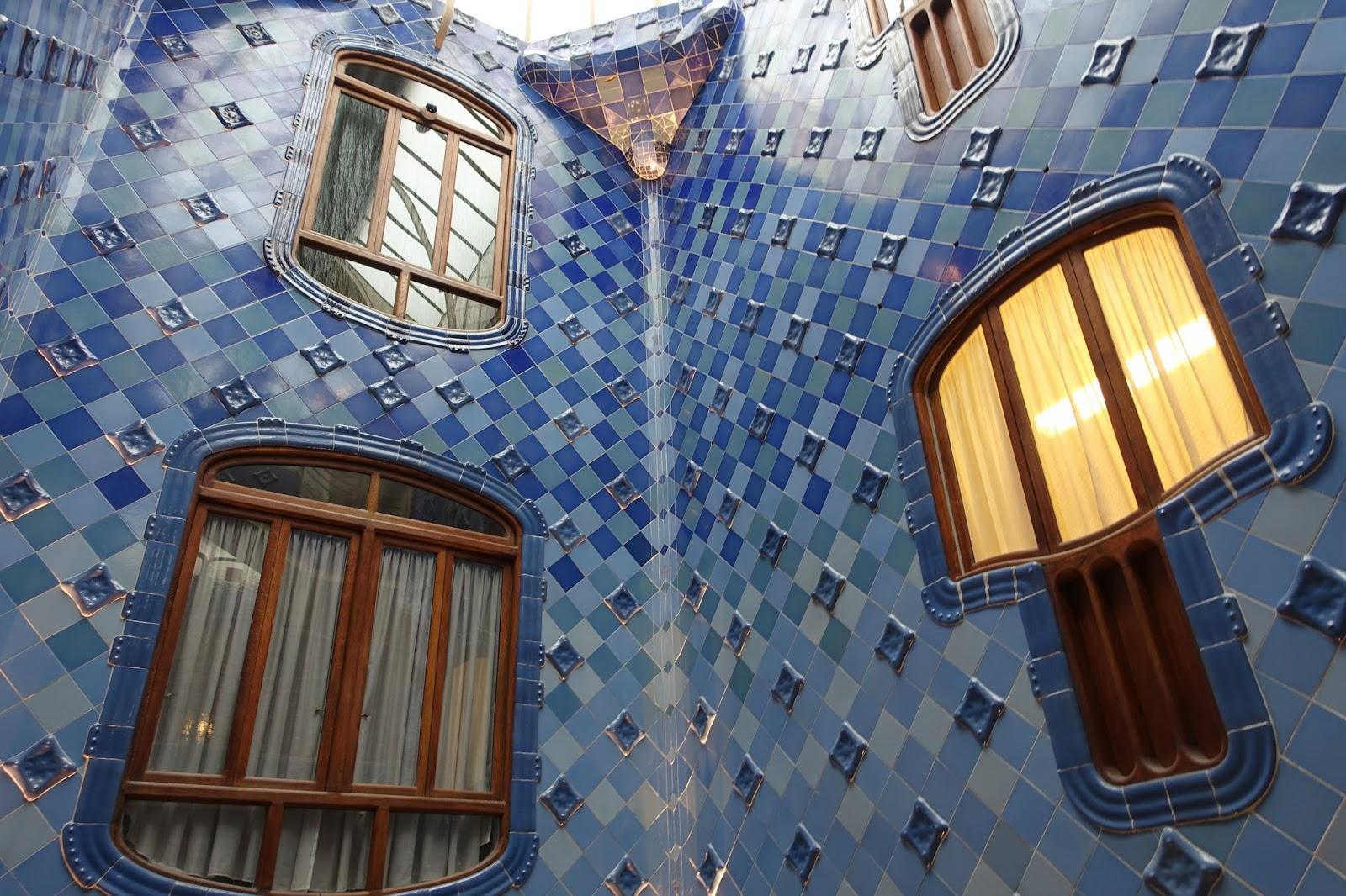 カサ・バトリョ(Casa Batlló) 木製の通気口