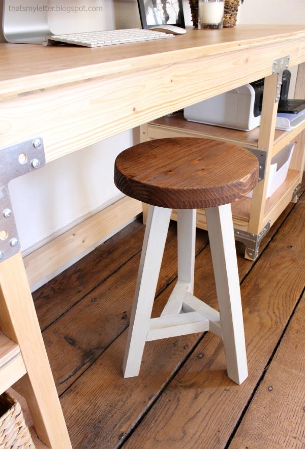 diy 3 legged stool for work desk