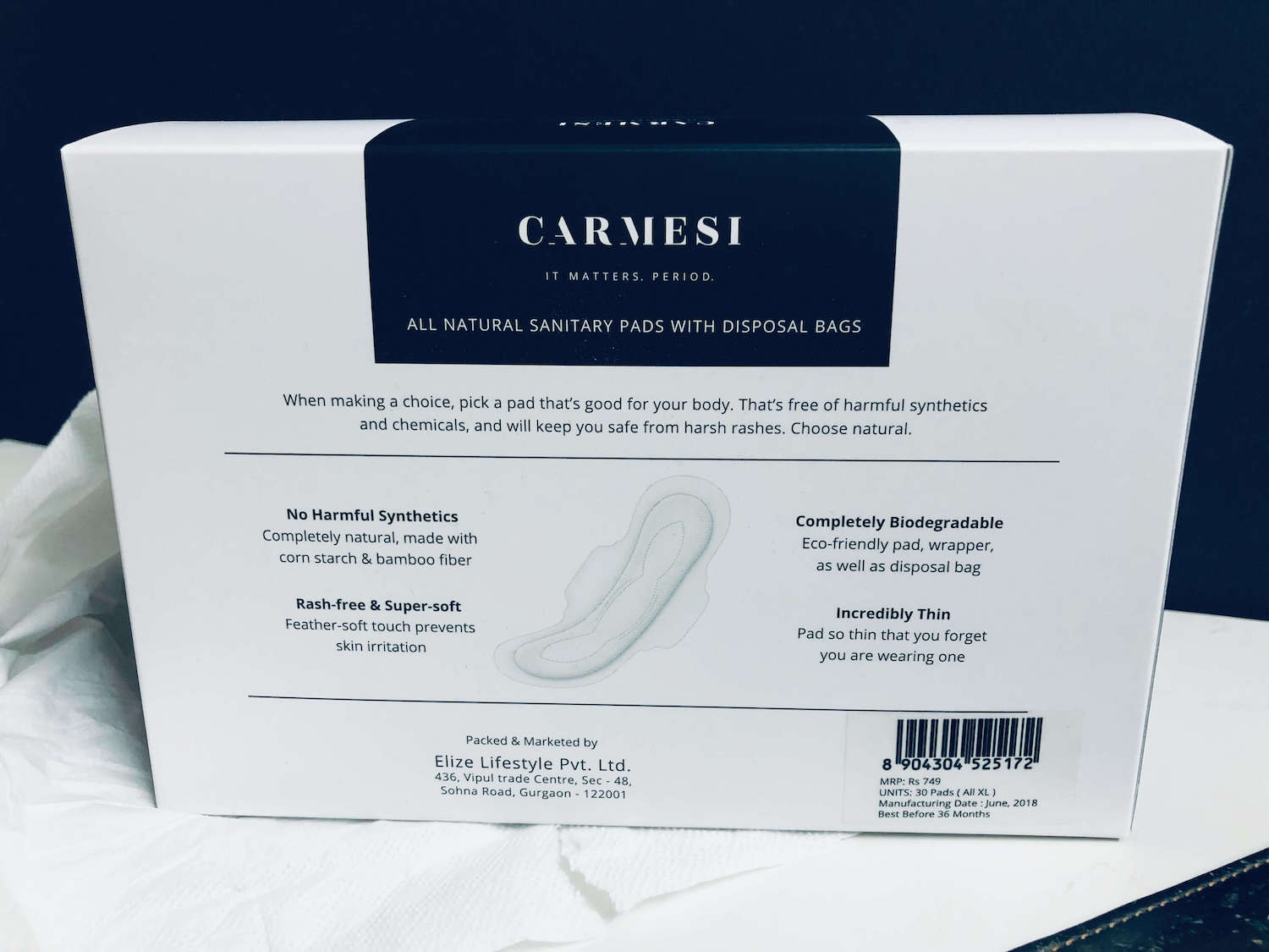 Carmesi pads paper box backside