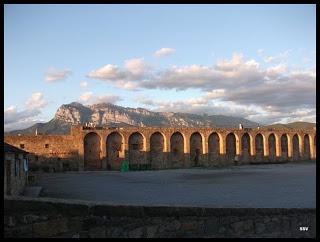 AINSA - RETORNO-AL-MEDIEVO