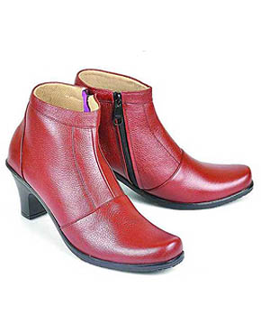 Cara Chunky chelsea boots memberikan rasa nyaman untuk pemakainya