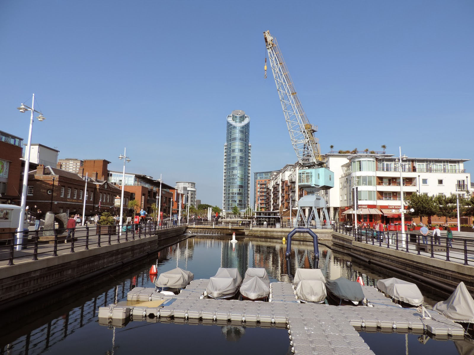 Gunwharf quays inner basin and loading crane