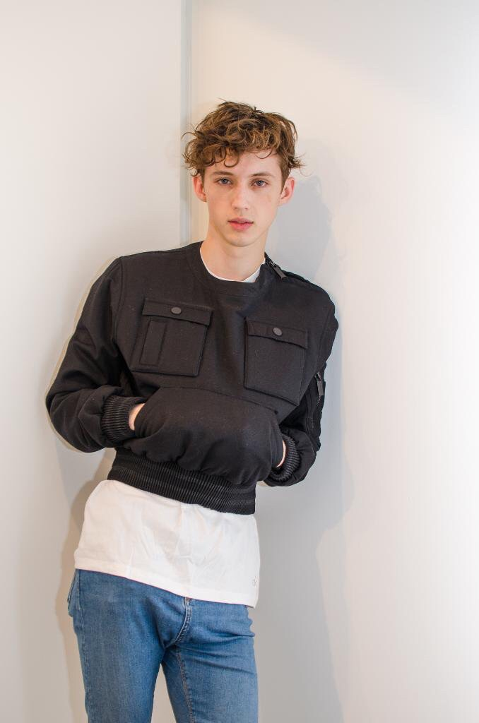 The Male Celebrity Famous Male Picture Blog Troye Sivan -8031