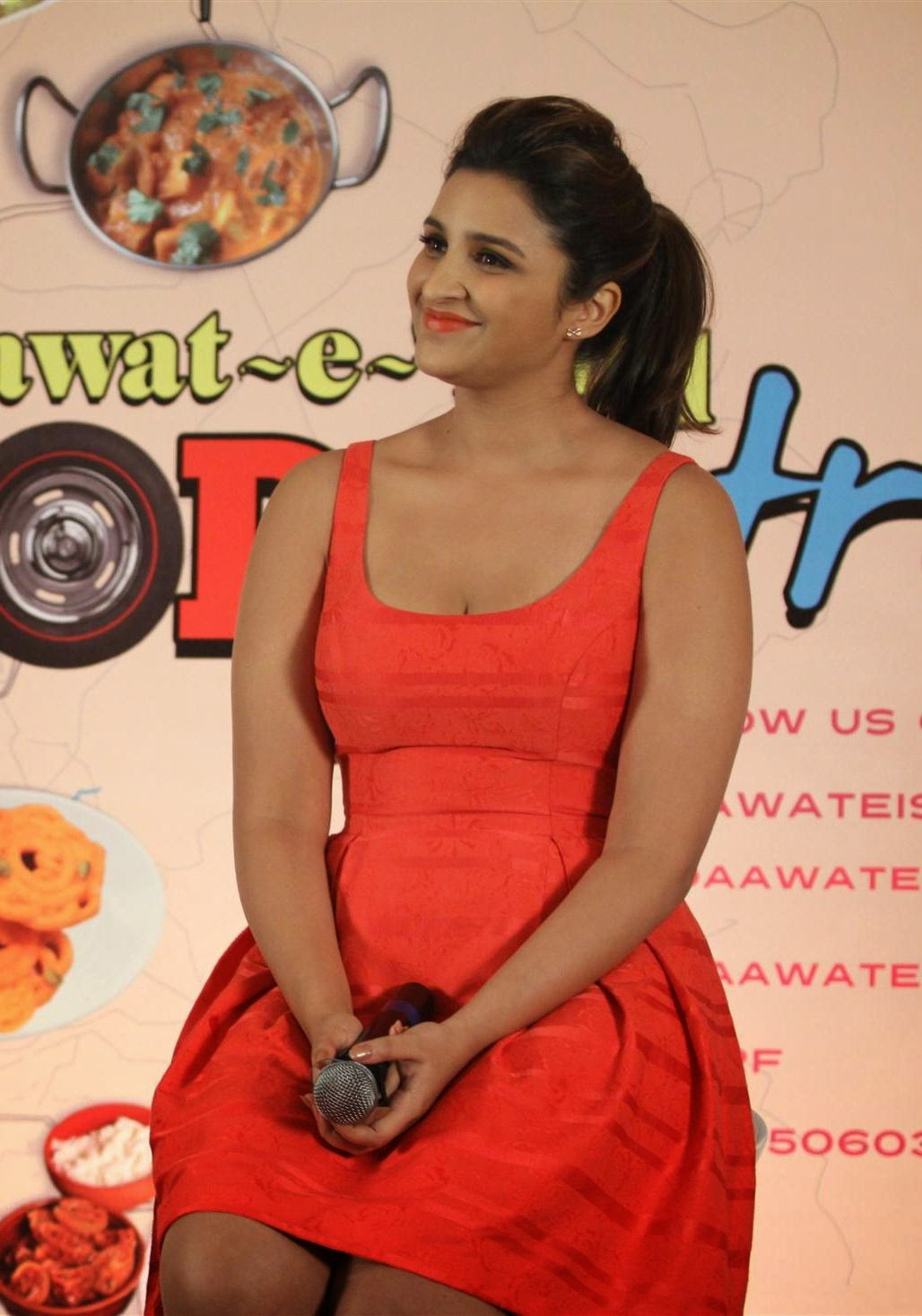 High Quality Bollywood Celebrity Pictures Parineeti -5115