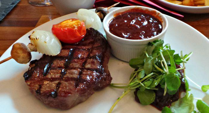 red lion steak