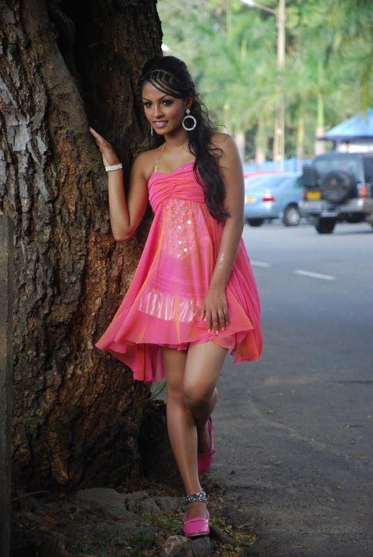 Sorry, that Sri lankan young girl naked photo