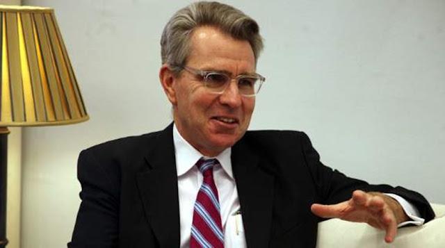«Φοβάμαι ένα ατύχημα στο Αιγαίο» λέει ο Αμερικανός πρέσβης Τζέφρι Πάιατ
