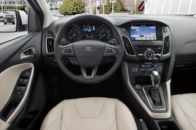Interior of 2016 Ford Focus Titanium