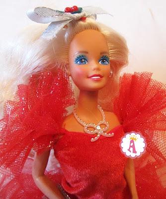 Красивая праздничная кукла барби коллекционная