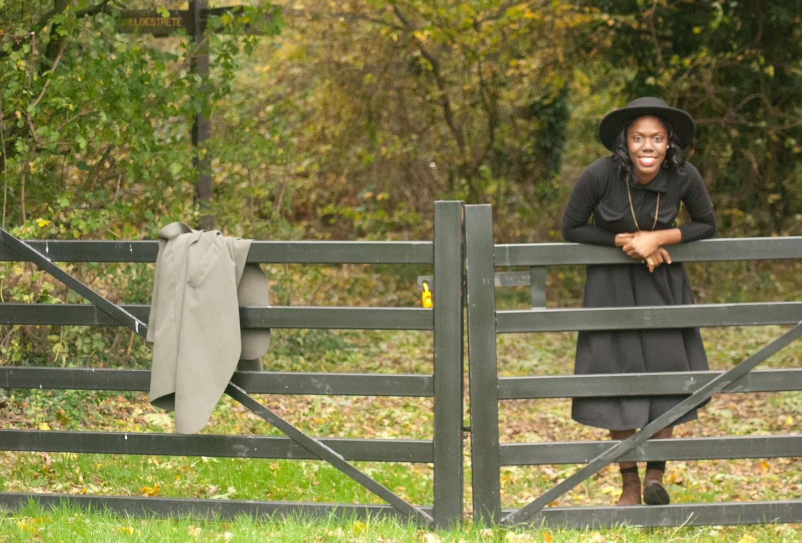 Boohoo duster coat, Boohoo black midi dress, fryent country park, fashion blogger, 100 Ways to 30, Style & Fashion