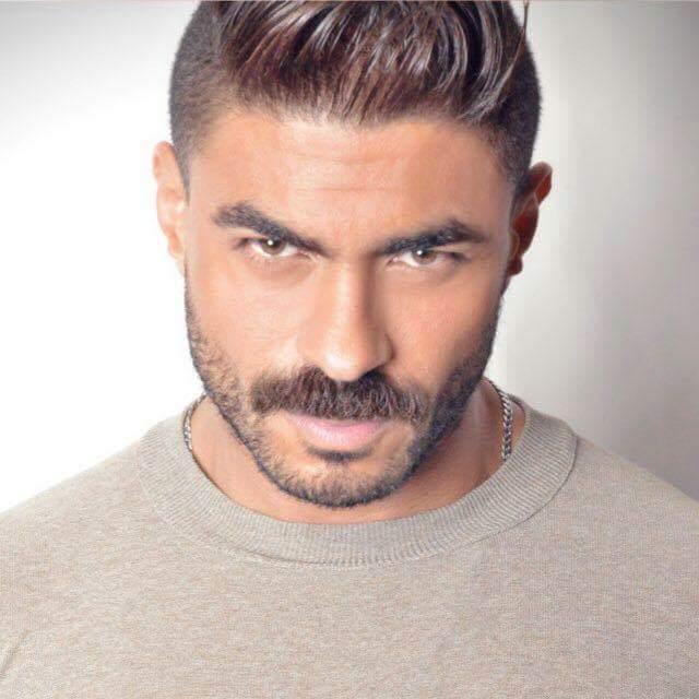"""النجم""""خالد سليم""""في أولي تجاربه كمقدم برنامج""""mix music"""""""