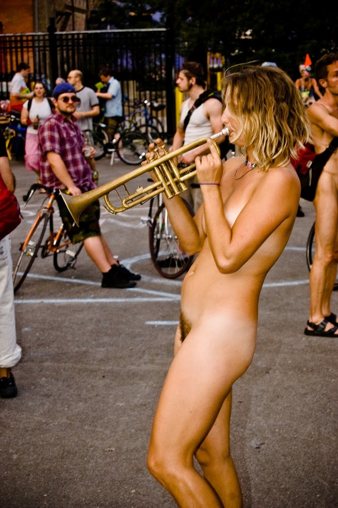 Nudism - Photo - Hq  Naked Musicians And Singers-2507