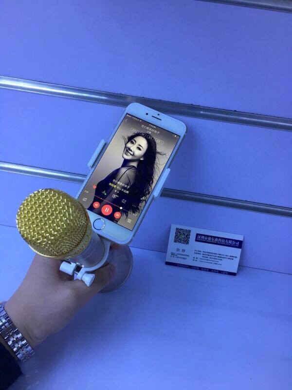 Giá đỡ kẹp điện thoại hát Karaoke gắn trên Micro bluetooth giá sỉ và lẻ rẻ nhất