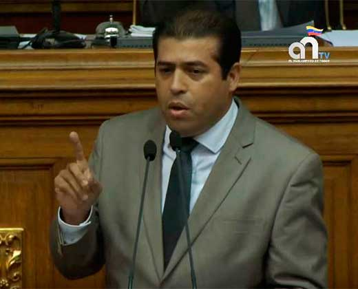 Dispararon contra el diputado opositor Robert Alcalá en plena rueda de prensa (+Video)