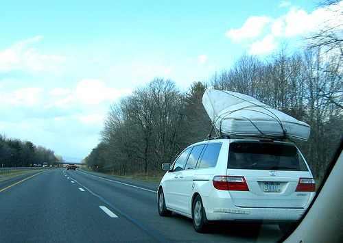 Transporting A Thick Double Mattress On A Roofrack Of A