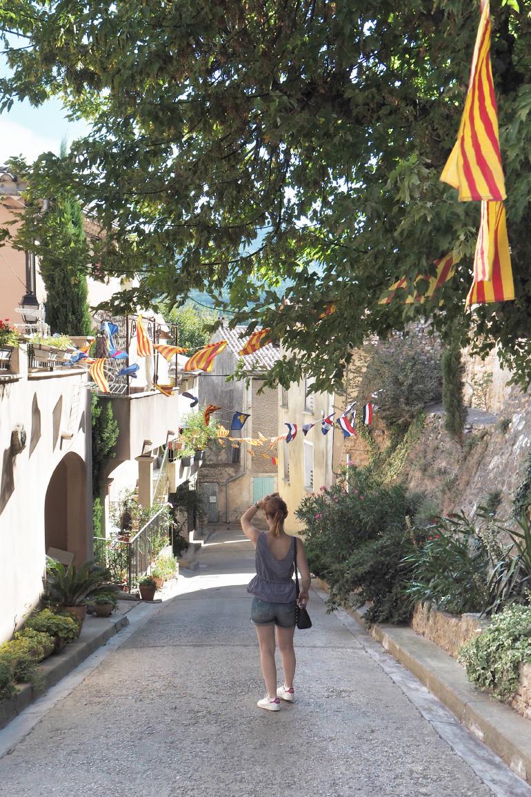 Promenade dans le village de Vacqueyras