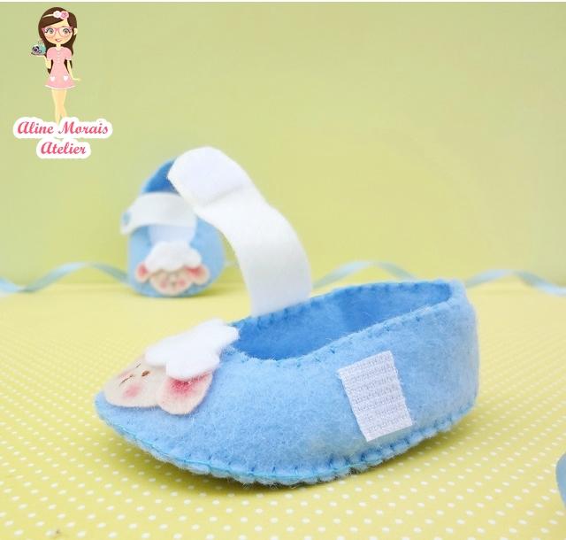 sapato sapatinho de bebe de feltro ovelha ovelhinha cordeiro