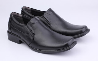 sepatu kerja hitam,sepatu kerja murah,toko sepatu kerja murah,sepatu kerja pria kulit asli,sepatu formal pria kulit murah,model sepatu pantofel hitam,sepatu guru online murah,sepatu pns terbaru