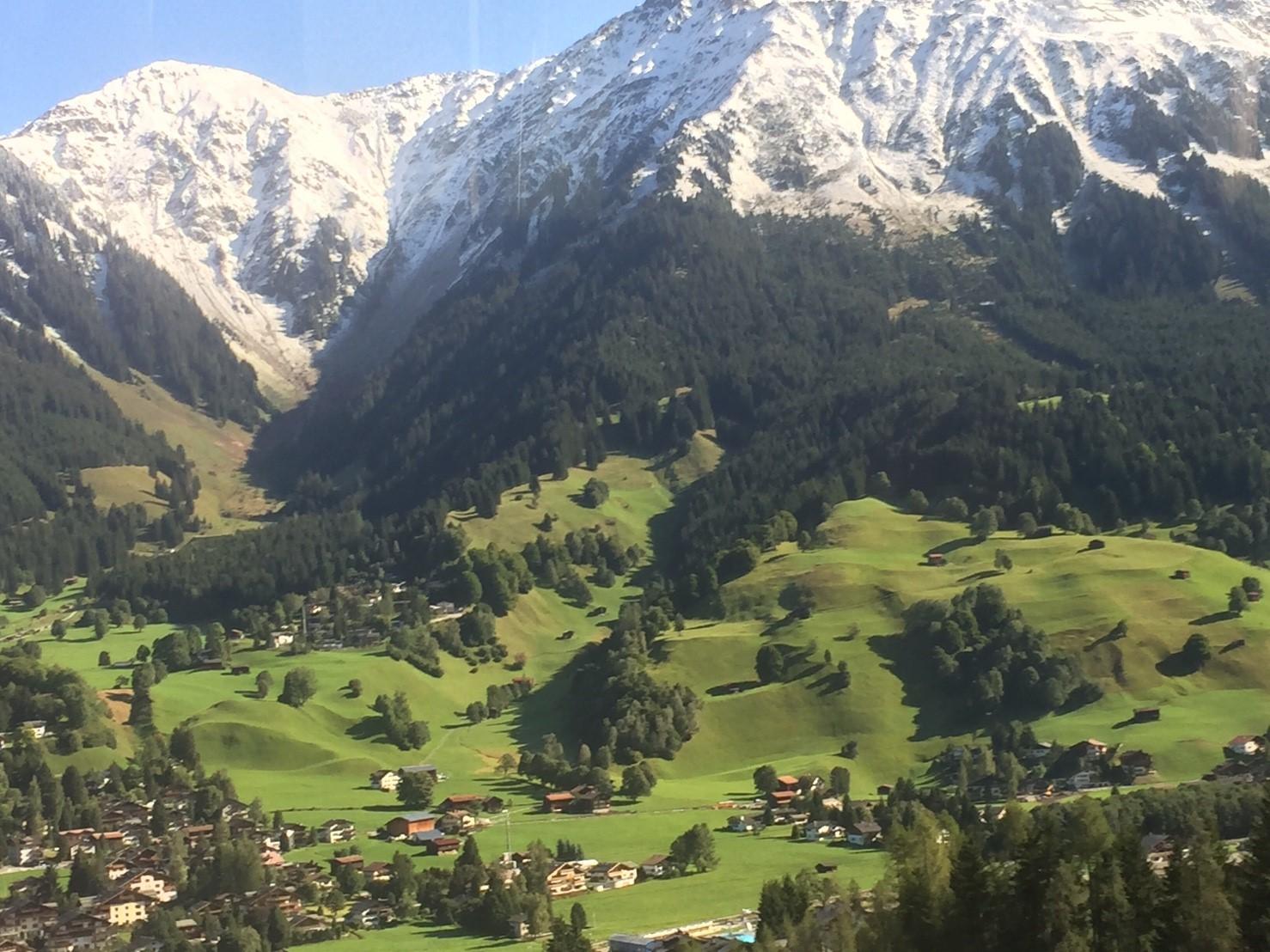 [瑞士Switzerland]小蓮的故鄉.阿爾卑斯山少女 達沃斯Davos梅菲爾德Maienfeld列支敦斯登Liechtenstein瓦度茲Vaduz 201709.11 ...