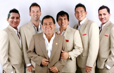 Foto de Orquesta Candela en sesión fotográfica