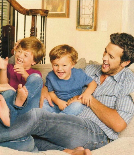 Just before mother 39 s day luke bryan posts heartbreaking for What happened to luke bryan siblings