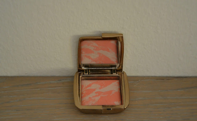 Review: Hourglass Incandescent Electra Ambient Lightning Blush