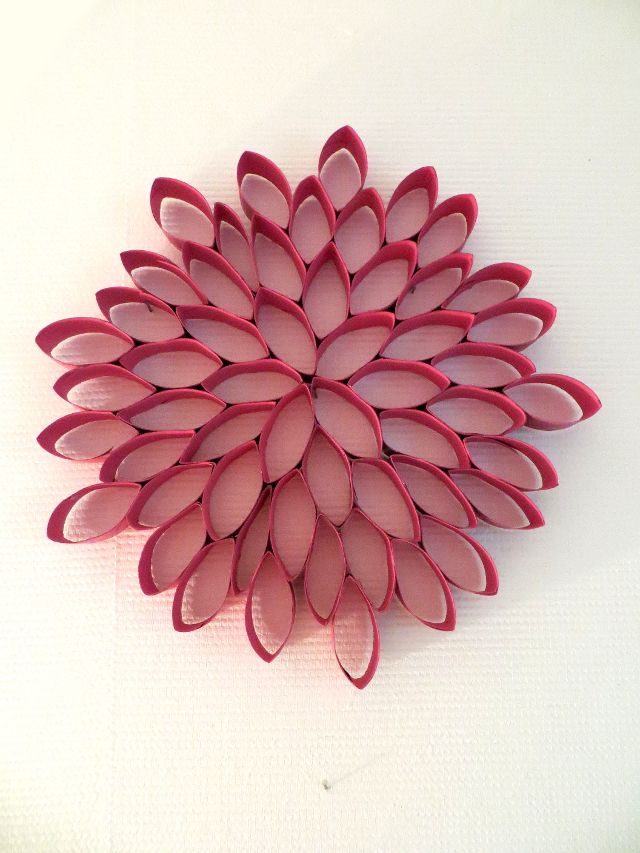 toilet roll wall art flower pink dahlia