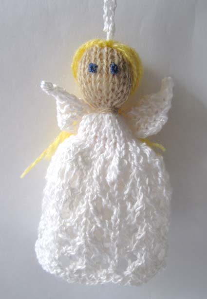 Knitting and More: Knitted Christmas Decorations