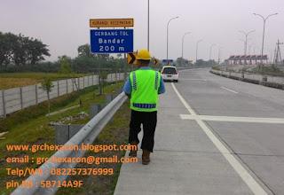 pagar panel precast jalan tol MHI akses bandar kedungmulyo
