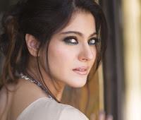 Kajol Devgan - Artis Bollywood tercantik terpopuler