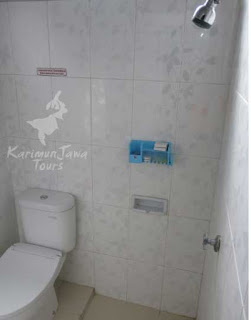 new ocean hotel karimunjawa toilet