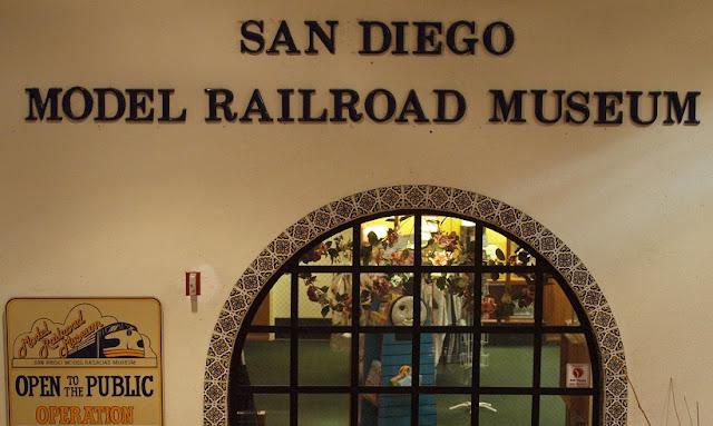 Fachada do Museu Model Railroad em San Diego