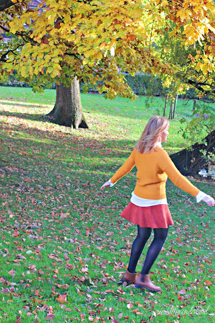 happy girl, josie´s little wonderland, outfit, fashion, herbstoutfit, autumcolours, skirt, knitwear