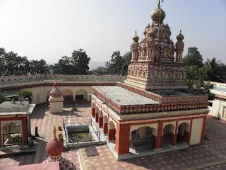 Tourist Place At Pune Parvati Hill Temple