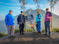 Pendakian Bukit Mongkrang Karanganyar