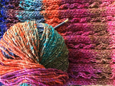 Join Your Neighbors for Drop-In Knitting | image source tinyurl.com/juxyyw2