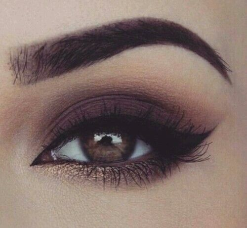 SIX EYE MAKEUP IDEAS FOR SUPER SEXY LOOK