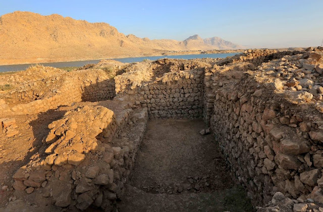Iraq flight ban halts dig for lost ancient city