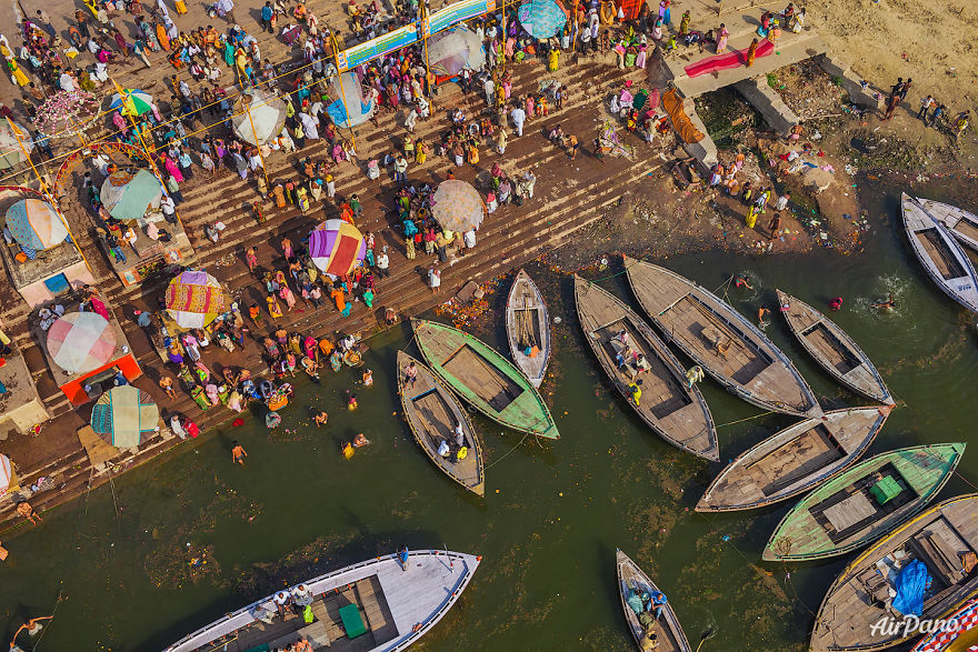 Beautiful Panoramic Pictures Of 20 Famous Cities - Varanasi, India