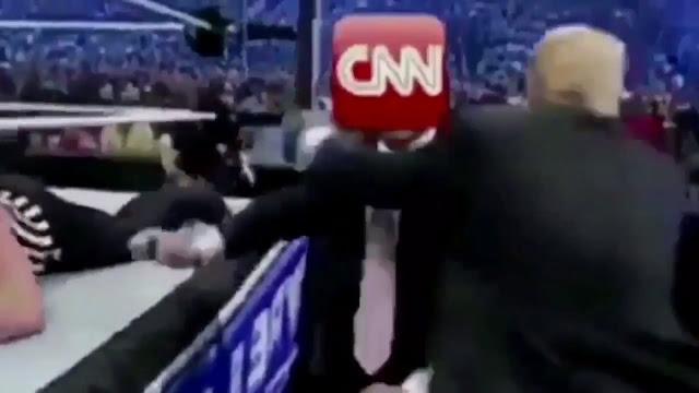 """Trump posta montagem de vídeo na qual """"derruba"""" rede CNN"""